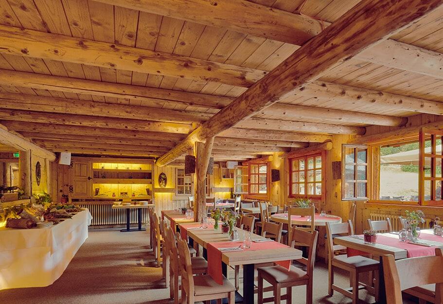 EDRH-Restaurant-Cote-2000-Interieur-Salle